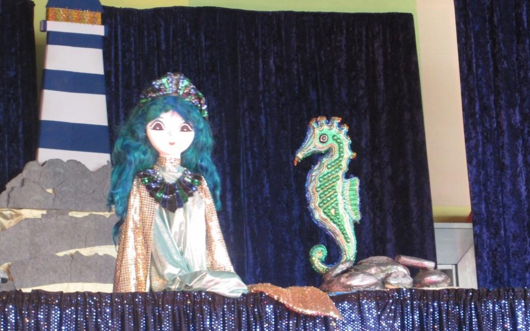 Argoat : les enfants rêvent aux spectacles de Noël