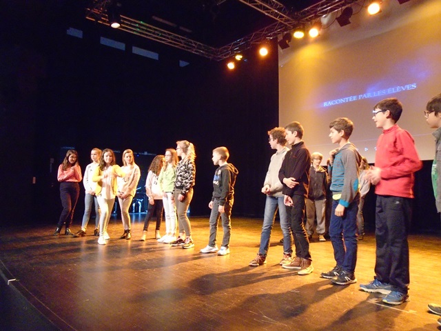 CM1/CM2 bilingue : Théâtre à Saint-François Notre-Dame