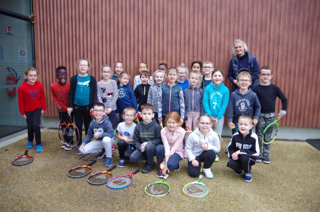 CE1 A : Cycle de tennis